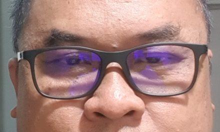 Tips membeli kaca mata untuk pemula (pertama kali membeli dan pakai kaca mata)